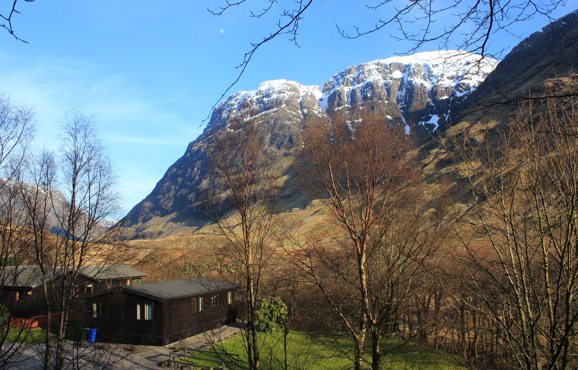 rowan tree lodge and the west face