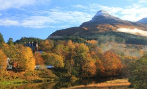 Autumn colours by Invercoe